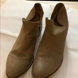 Seychelles size 9 leather booties